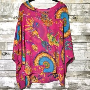 Native Feather Headdress print Flowy Batwing Top